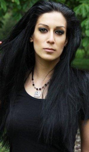 Люси Манолова