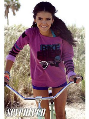 Както знаете Нина също така е и модел и това е снимка на една от фотосесиите и!