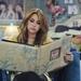 Майли Сайръс разглежда албума си